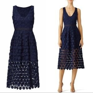 Trina Turk Ceiba navy Daisy dress size 4 NWOT